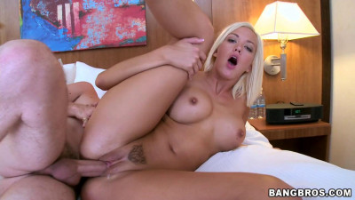 Description Jenny's Fat Ass and New Tits