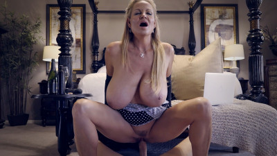 Kelly Madison - Poke a Dots (2017)
