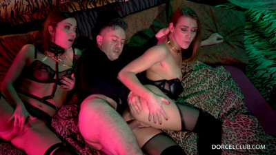 Alexis Crystal, Alyssa Reece – Your wish is my command (2020)