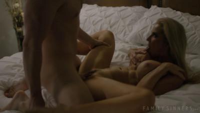 Kayla Paige – Mixed Family FullHD 1080p