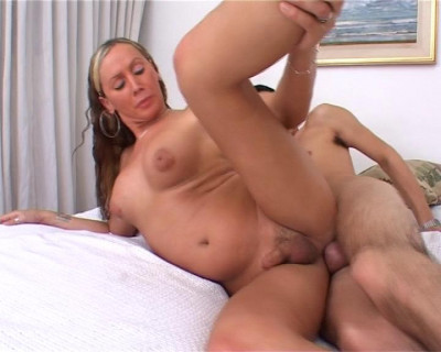 Busty t-girl banging