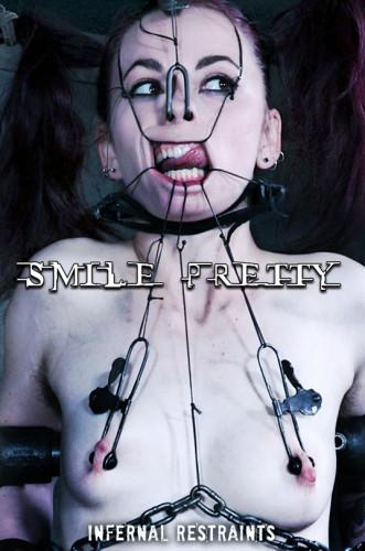 Smile Pretty – Ivy Addams