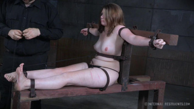Description Bind-her Clips - Harley Ace - HD 720p