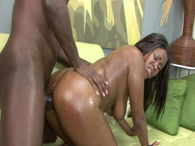 Mahogany Bliss feels BBC in her mouth and pussy