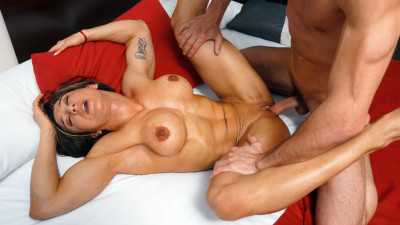Karyn – Tough and horny FullHD 1080p