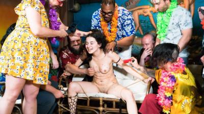 Mia Navarro – Introduced to bdsm