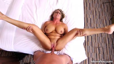 Fit Cougar Becka Loves Cock