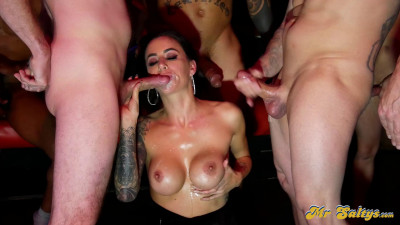 Hot wife Gia Dimarco gets sperm blowbang at swinger's club