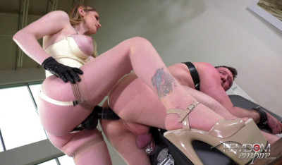 Description Mistress Bunny Colby Straponed Hard