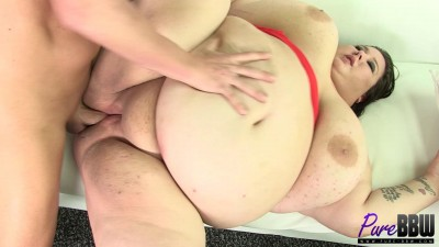 Brand new ssbbw Lola Lovebug wants to get fucked