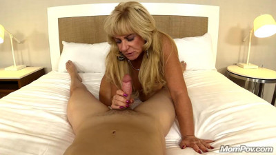 50 year old freaky cougar loves sex