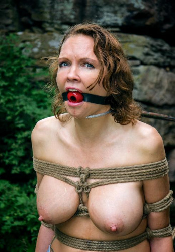 Ravaging Rain – Sexy Slave In Action
