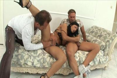 Kyra Black Loves Double Penetration