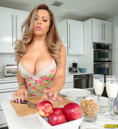Alessandra Miller, Johnny Castle - Coffee With Cum FullHD 1080p