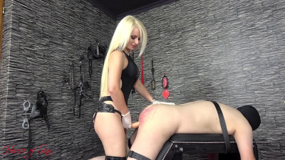 Mistress Sarah A Caning And A Fuck For The Whore