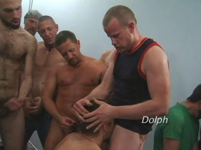 Sperm Gangbang Party With Many Males