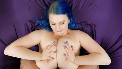 Cassie0pia – Titty-Funnel to the Face