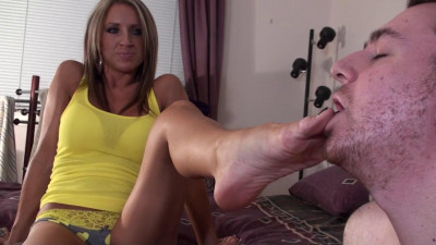 Madison - Hot girl Uses Chastity Nerd For Foot Worship and Toilet