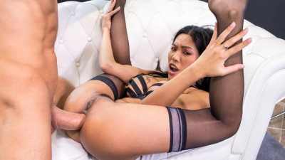 Polly Pons – Asian girl destroyed in anal sex (2020)