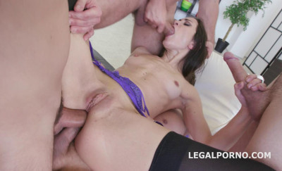 4on1 Monster Double Anal Orgy For Valentina Bianco