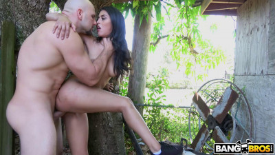 In Public With Latina Beauty Sophia Leone - Full HD 1080p