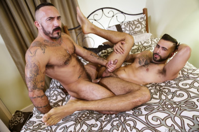 MenOver30 - Well worth the wait - Alessio Romero & Rikk York