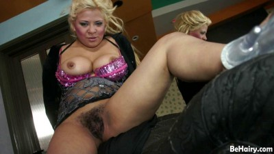 Spicy Latina slit wants some fun
