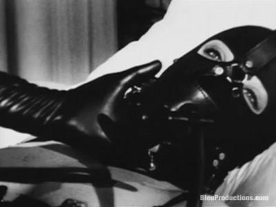 The Black Glove — Maria — HD 720p