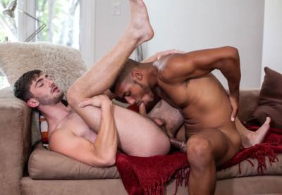 Self Sucker Dominic Santos breaks in Big Dicked Preston Cole