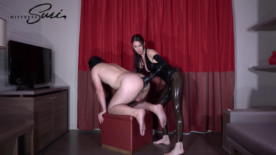 Mistress Susi - Large Strapon Fucking Without Warmup