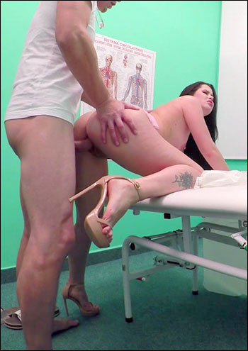 Description Cassie Fire - Doctor Fucks Shaven Russian Pussy