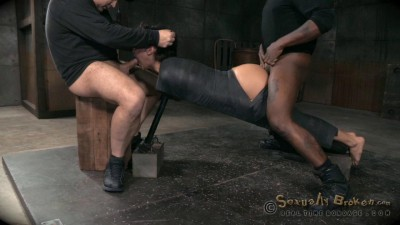 Mia Austin - Brutal Epic Ddeepthroat and Rough Fucking!(Jun 2015)