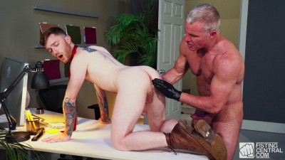 Description FCentral - Pumping For Promotion Part 3 - Seamus O'Reilly & Dale Savage
