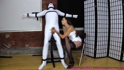 Slave Gets a Quick Release in Tight Bondag