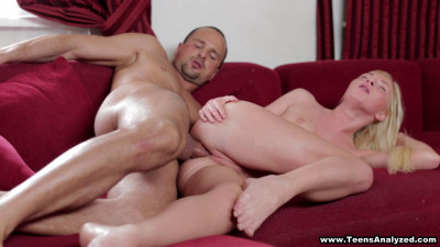 Angie Koks & Yan-First anal and powerful facial