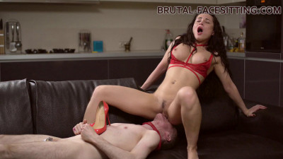 Brutal Facesitting - Kristall Rush - Full HD 1080p