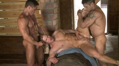 Muscle Men First Time Fucked & Gangbanged
