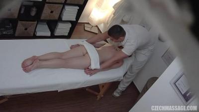 Description Czech Massage Scene numer 18