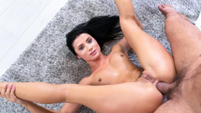 Sexy Nicole Black Like Anal Sex