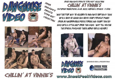 Description Chillin' at Vinnie's