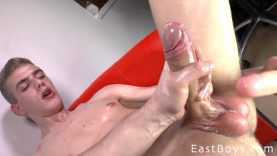 Description EastBoys - Handjob - Cumshot