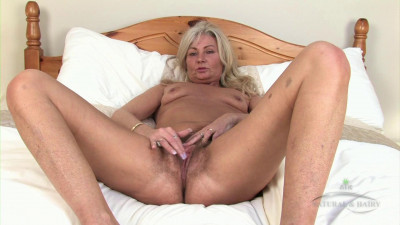 Description Ellen masturbation