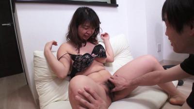 Description F Cup Woman Who Visits Porn Actor Home
