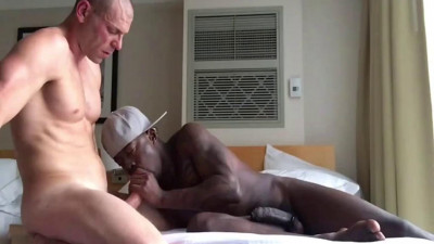 Only Fans – Avatar Akyia and Big C
