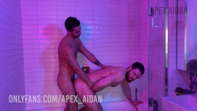 Only Fans – Shower