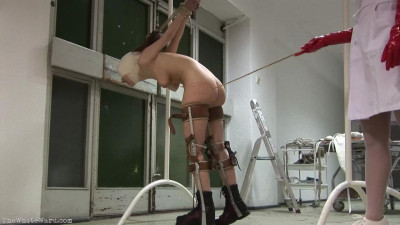 Description Patient 004 - Caning Punishment