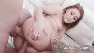 Description Sexy Slut Klaudia Diamond Gets Welcome Ass Fuck With First DP