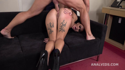 Mr. Anderson's Anal Casting with Alisa Balls Deep Anal