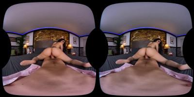 Valentina Nappi 3D VR Porn — Lingerie Lust