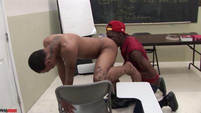 Classroom Fuck – Marco Ashton & Dustin Pope